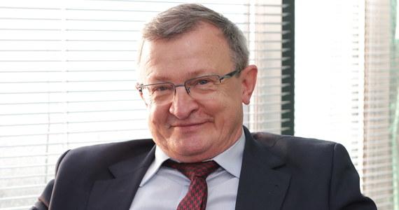"""To nie była zwyczajna internetowa część Porannej rozmowy w RMF FM. Robert Mazurek pytał swojego gościa o realizację rządowego programu """"Za życiem"""". Poseł Tadeusz Cymański nie był w stanie przypomnieć sobie nazwisk ministrów, z którymi miał się spotkać, więc wymyślał nowe."""
