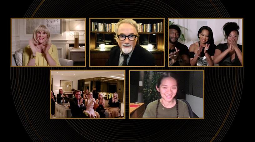 """Tegoroczne nominacje do Oscarów są historyczne pod wieloma względami, również wśród nominacji reżyserskich. Za sprawą Chloe Zhao (""""Nomadland"""") oraz Emerald Fennell (""""Obiecująca. Młoda. Kobieta."""") i ich nominacji w tej kategorii, po raz pierwszy mamy do czynienia z sytuacją, w której o Oscara powalczą dwie kobiety."""