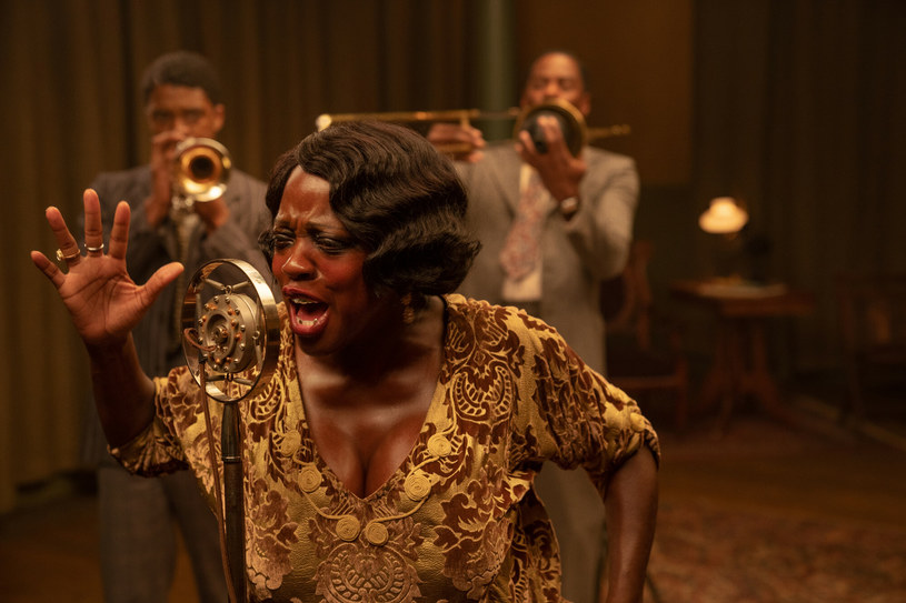 """Przyznana jej właśnie nominacja do Oscara w kategorii dla najlepszej aktorki pierwszoplanowej za rolę w filmie """"Ma Rainey: Matka bluesa"""" jest czwartą w aktorskiej karierze Violi Davis. Dzięki niej gwiazda przeszła do historii Oscarów jako najczęściej nominowana do tej nagrody afroamerykańska aktorka."""