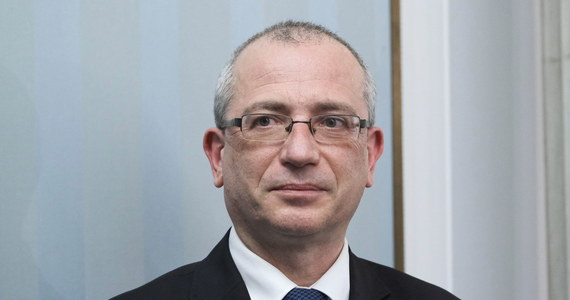 Sławomir Patyra będzie wspólnym kandydatem Koalicji Polskiej - PSL i Koalicji Obywatelskiej na Rzecznika Praw Obywatelskich - poinformowali politycy obu ugrupowań. Polki i Polacy zasługują na RPO w pełni obiektywnego i niezależnego, a taką gwarancję daje osoba prof. Patyry - mówili.