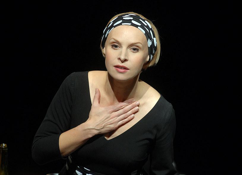 """Paulina Holtz - aktorka, której największą popularność przyniosła rola Agnieszki Lubicz w serialu """"Klan"""" - pochwaliła się, że do jej """"prac domowych"""" należy pielęgnacja pistoletu. Własnego."""