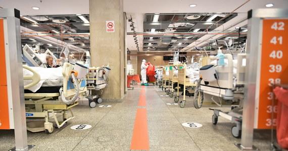 16 741 nowych zakażeń i 396 przypadków śmierci po zachorowaniu na Covid-19 - to wtorkowy bilans pandemii w Polsce. Jak informuje Ministerstwo Zdrowia w ciągu ostatniej doby wyzdrowiało 18 599 pacjentów.