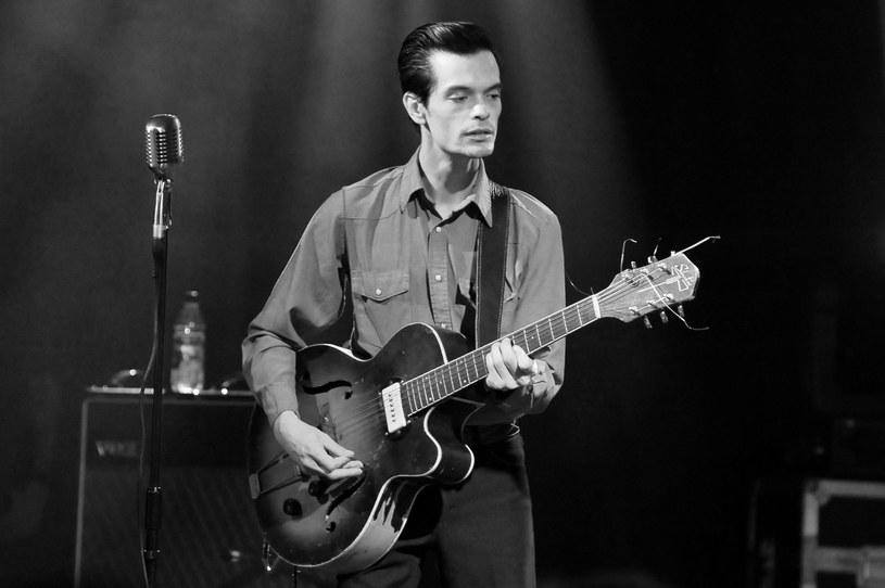 Gitarzysta i wokalista Dan Sartain zmarł 20 marca w wieku 39 lat. Nie ujawniono przyczyny śmierci muzyka.