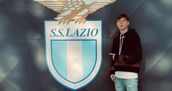 Daniel Guerini - 19-letni piłkarz Lazio Rzym - zginął w wypadku samochodowym. Do tragedii doszło w środę wieczorem we włoskiej stolicy.