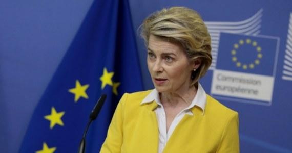 Od 1 grudnia 2020 roku Unia Europejska wyeksportowała około 77 milionów dawek szczepionek przeciw Covid-19 do 33 krajów - poinformowała przywódców szefowa Komisji Europejskiej Ursula von der Leyen podczas czwartkowego szczytu UE.