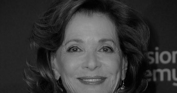 """Jessica Walter zmarła w wieku 80 lat. Była aktorką teatralną, filmową i serialową, znaną z występów m.in. w produkcji """"Bogaci bankruci"""", czy też serialu animowanym """"Archer"""". Informację o śmierci gwiazdy przekazała jej jej córka, Brooke Bowman."""