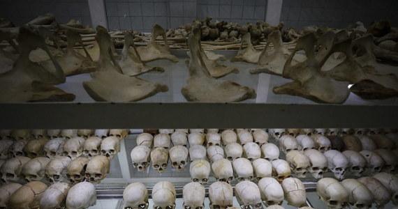 """Francja ponosi """"poważną i przytłaczającą odpowiedzialność"""" za ludobójstwo Tutsi w Rwandzie w 1994 r. i była """"ślepa"""" na przygotowania do masakry - brzmią konkluzje opublikowanego raportu komisji historycznej powołanej przez prezydenta Emmanuela Macrona."""