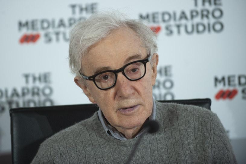 W lipcu ubiegłego roku Woody Allen udzielił pierwszego od 30 lat wywiadu dla amerykańskiej telewizji. Rozmowa została jednak wyemitowana dopiero w 28 marca i jest dostępna na platformie streamingowej Paramount Plus. Reżyser znów odniósł się w niej do zarzutów o to, że molestował adoptowaną córkę - Dylan Farrow. Allen po raz kolejny zaprzeczył, że coś takiego miało miejsce.