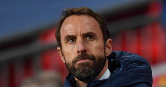 """Trener reprezentacji Anglii Gareth Southgate przestrzegł przed lekceważeniem Polski, mimo braku kontuzjowanego Roberta Lewandowskiego. """"Polacy mają świetnych piłkarzy i bylibyśmy naiwni myśląc, że będą mniej groźni"""" - powiedział przed meczem eliminacji mistrzostw świata na Wembley."""