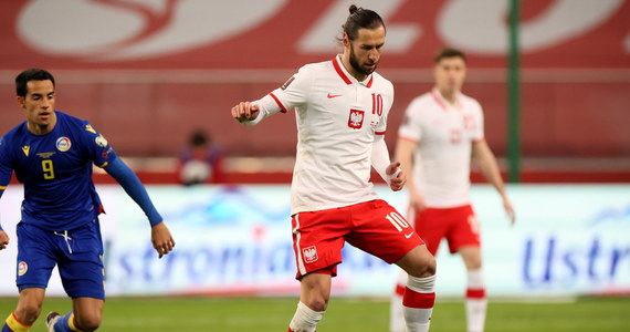 Grzegorz Krychowiak znalazł się w kadrze na mecz z Anglią w ramach eliminacji do piłkarskich mistrzostw świata 2022. Piłkarz dołączył do reprezentacji, która przygotowuje się do wieczornego meczu na Wembley.