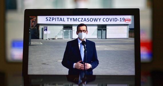 Część szpitali tymczasowych będziemy chcieli przekształcić w szpitale rehabilitacji pocovidowej - poinformował podczas środowego oświadczenia w szpitalu tymczasowym we Wrocławiu premier Mateusz Morawiecki.