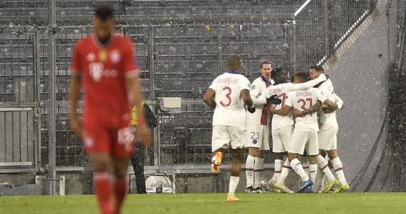 Kontuzjowany Robert Lewandowski przed wieczornym pierwszym meczem ćwierćfinałowym piłkarskiej Ligi Mistrzów między Bayernem Monachium a Paris Saint Germain na antenie telewizji Sky poinformował, że w przyszłotygodniowym rewanżu również nie zagra.