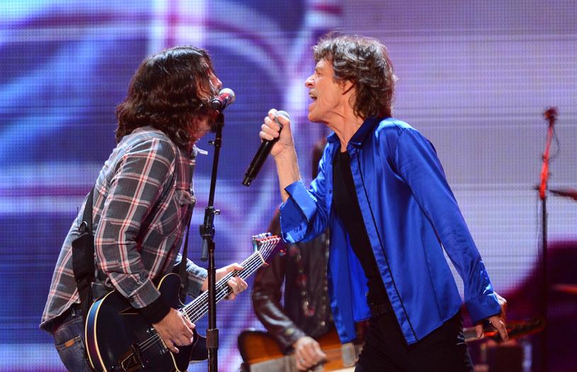"""Wokalista The Rolling Stones Mick Jagger wypuścił niespodziewanie wideo do nagrania """"Eazy Sleazy"""". Do współpracy zaprosił Dave'a Grohla, lidera Foo Fighters."""