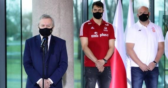 Potwierdziły się nieoficjalne informacje dziennikarzy RMF FM: rząd zdecydował o zaszczepieniu kadry olimpijskiej i reprezentacji Polski w piłce nożnej, która będzie uczestniczyła w Euro 2020.