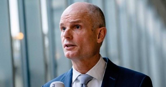 """Minister spraw zagranicznych Holandii Stef Blok jest zaniepokojony """"erozją praworządności"""" w Polsce - dowiedziała się w środę PAP. Według szefa holenderskiej dyplomacji jego kraj za pośrednictwem ambasady w Warszawie """"wspiera jakościowe dziennikarstwo śledcze""""."""