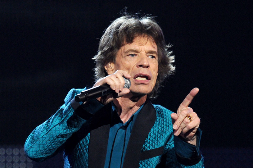 """Frontman The Rolling Stones przyznał, że nie ma zamiaru napisać autobiografii. Dodał, że gdy pojawił się taki pomysł, to szybko się z niego wycofał i oddał pieniądze wydawcy. """"Jeśli chcesz poczytać o moim życiu to zajrzyj na Wikipedię"""" – mówił wiele lat temu."""