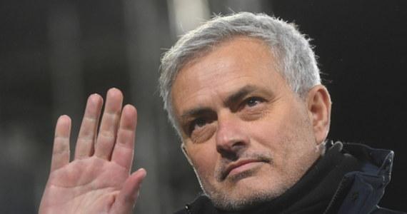 Jose Mourinho został zwolniony z funkcji trenera piłkarzy Tottenhamu Hotspur. O dymisji słynnego Portugalczyka i jego współpracowników poinformował sam klub angielskiej Premier League. 58-letni szkoleniowiec prowadził londyńską ekipę od listopada 2019 roku.
