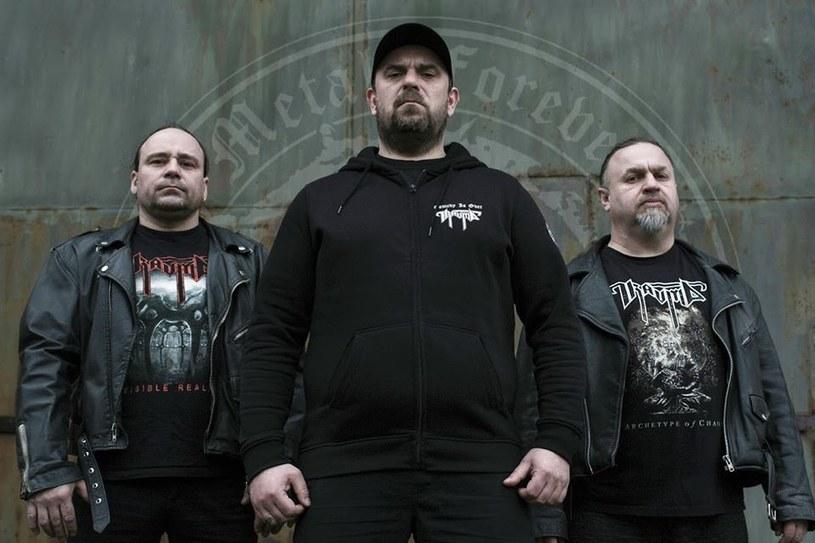 Zasłużeni deathmetalowcy z elbląskiej Traumy przygotowali nową EP-kę.