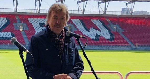 Wielki sukces Zbigniewa Bońka. Prezes Polskiego Związku Piłki Nożnej został wiceprezydentem UEFA. Bońka wybrano na to stanowisko w czasie trwającego kongresu w szwajcarskim Montreux. Wcześniej pojęto również decyzję, że Boniek po raz drugi znajdzie się w komitecie wykonawczym europejskiej federacji, który podejmuje najważniejsze decyzje dotyczące futbolu na Starym Kontynencie.
