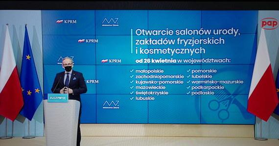 Minister zdrowia Adam Niedzielski ogłosił decyzje dotyczące luzowania obostrzeń od przyszłego tygodnia. Potwierdziły się informację RMF FM, że rząd zdecydował się na regionalizację restrykcji.