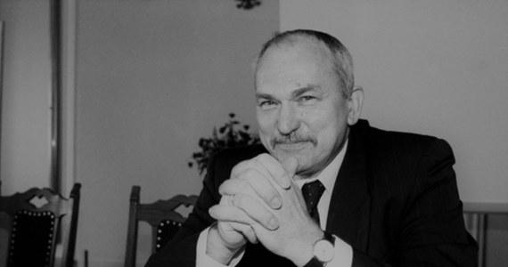 Nie żyje Mirosław Handke. Profesor, minister edukacji w rządzie Jerzego Buzka, zmarł w wieku 75 lat.