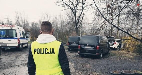 Prokuratura z Rudy Śląskiej będzie wyjaśniała okoliczności śmiertelnego postrzelenia przez policjantów 36-letniego Łukasza P. Mężczyzna zginął w poniedziałek, kiedy podczas próby zatrzymania staranował swoim autem radiowozy i mierzył do funkcjonariuszy z pistoletu.