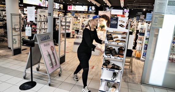 Rząd ma wnieść do Sejmu projekt ustawy o obniżeniu czynszów dla najemców w galeriach handlowych - ustalili dziennikarze RMF FM. To będzie dużą ulgą dla właścicieli sklepów i dużym problemem dla właścicieli galerii.
