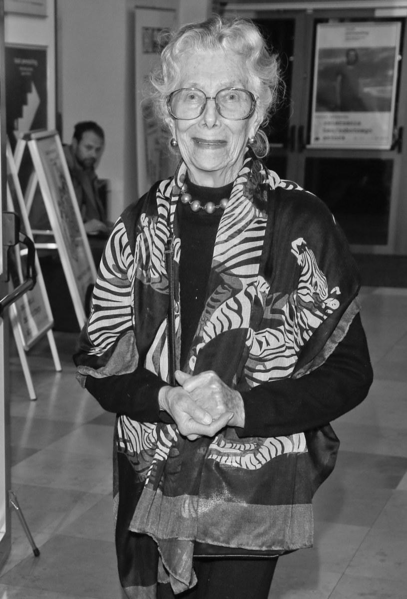 Uroczystości pogrzebowe zmarłej 20 kwietnia wybitnej aktorki Wiesławy Mazurkiewicz-Lutkiewicz odbędą się 29 kwietnia w Domu Pogrzebowym na Powązkach Wojskowych w Warszawie, skąd nastąpi odprowadzenie do grobu rodzinnego w alei Zasłużonych - poinformowała rodzina zmarłej artystki.