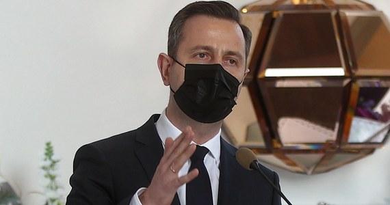 Inny rząd niż rząd Zjednoczonej Prawicy w tym Sejmie mógłby powstać po to, żeby przeprowadzić wybory, nie żeby zawrzeć porozumienie czy jakąś koalicję - ocenił w piątek szef Polskiego Stronnictwa Ludowego Władysław Kosiniak-Kamysz.