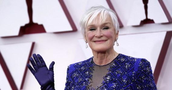 Za nami Oscary 2021. Było wiele wzruszeń, zaskoczeń, ale i zabawnych momentów. Serca widzów skradła Glenn Close. Aktorka wykazała się zarówno dobrą pamięcią, jak i zdolnościami tanecznymi. Musicie to zobaczyć!