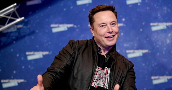 W internecie kolejny raz zrobiło się głośno po wpisie Elona Muska. Tym razem właściciel SpaceX i Tesli zażartował z firmy Jeffa Bezosa Blue Origin. Poszło o kosmiczne ambicje i wart krocie kontrakt z NASA.