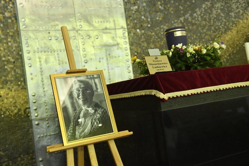 20 kwietnia odbyły się uroczystości pogrzebowe wybitnej aktorki Wiesławy Mazurkiewicz-Lutkiewicz. Wzięli w nich udział między innymi Krystyna Janda i Olgierd Łukaszewicz.