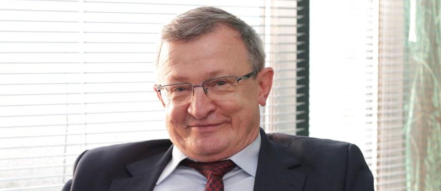 """Poseł Solidarnej Polski Tadeusz Cymański przeszedł już operację wycięcia mięsaka. """"Operacja trwała kilka godzin. Dziękuję Bogu i lekarzom, że się udała. Cieszę się, że mam to za sobą"""" - mówił parlamentarzysta w rozmowie z """"Super Expressem""""."""
