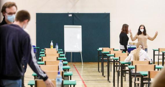 Matura 2021. Matematyka rozszerzona. Zadania, arkusz CKE, szczegóły  - Wydarzenia w INTERIA.PL