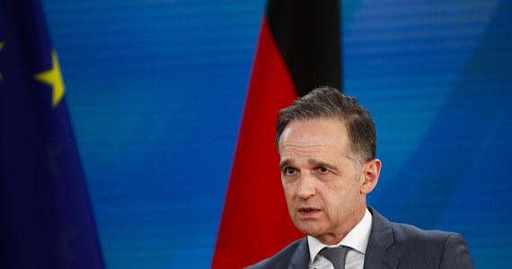 Niemcy odrzuciły w piątek ogłoszony przez Rosję zakaz wjazdu dla ośmiorga przedstawicieli UE i jej krajów, w odpowiedzi na sankcje UE, jako pozbawiony podstaw. Decyzję Moskwy potępiła również sama UE.