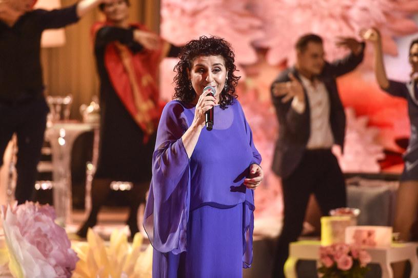 """""""Serdeczna matko - opiekunko ludzi"""" - pod takim tytułem w poniedziałek, 3 maja, odbędzie się uroczysty koncert na Jasnej Górze, który będzie można obejrzeć w telewizji Polsat. Jedną z gwiazd koncertu jest Eleni, dla której Jasna Góra ma szczególne znaczenie. Opowiedziała o tym w szczerym wywiadzie."""