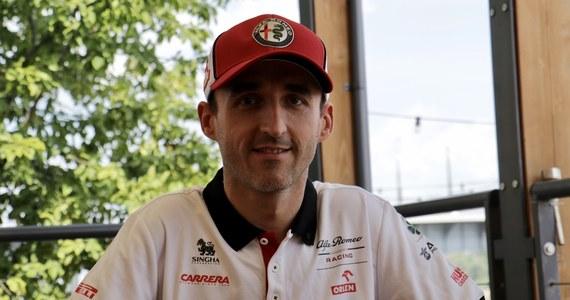 """Kierowca testowy Alfa Romeo Racing Orlen Robert Kubica poprowadzi bolid zespołu podczas pierwszego treningu przed Grand Prix Hiszpanii w Barcelonie - poinformował team startujący w mistrzostwach świata Formuły 1. Polak weźmie też udział w testach po wyścigu. """"Prowadzenie bolidu Formuły 1 to zawsze szczególne przeżycieLiczę, że będę miał wkład w walkę zespołu z innymi teamami ze środka stawki"""" - podkreślił Kubica."""
