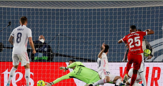 Real Madryt - Sevilla FC 2-2. Nieprawdopodobna sytuacja VAR i gol w doliczonym czasie