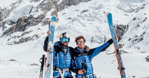 Andrzej Bargiel wraz z Jędrkiem Baranowskim zdobyli szczyt Laila Peak (6096 m n.p.m.) położony w Dolinie Hushe w Karakorum i wspólnie zjechali z niego na nartach. To pierwsi Polacy, którzy stanęli na uznawanym za jeden z najpiękniejszych wierzchołków w Karakorum.