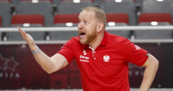 Trener reprezentacji Polski Maros Kovacik wybrał 18 koszykarek na zgrupowanie w Zakopanem (początek 19 maja), które rozpocznie przygotowania do jesiennych eliminacji mistrzostw Europy. W tym gronie nie ma kilku doświadczonych zawodniczek m.in. naturalizowanej Amerykanki Marissy Kastanek.