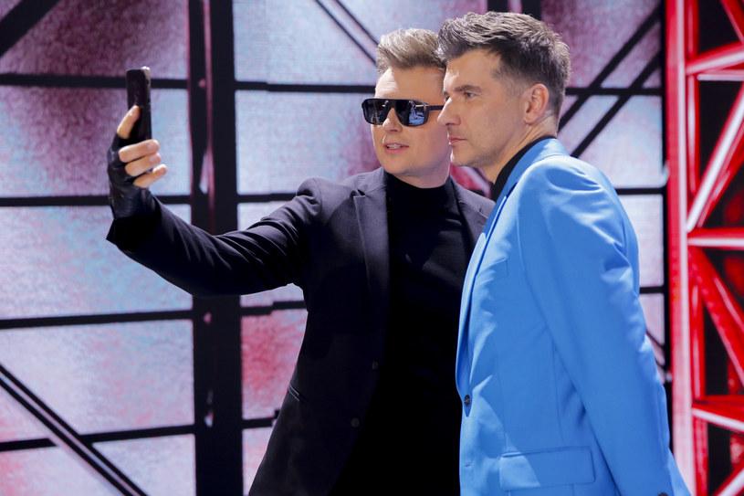 Pierwsza próba na Eurowizji nie poprawiła szans Rafała Brzozowskiego na awans do finału. W najnowszym notowaniu bukmacherów polski wokalista spadł na ostatnie miejsce.