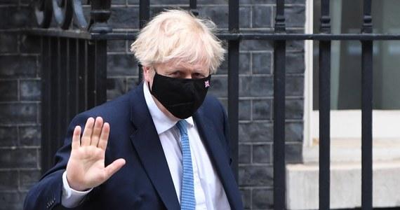 Niezależne publiczne dochodzenie w sprawie działań podjętych przez brytyjski rząd w reakcji na pandemię koronawirusa rozpocznie się wiosną przyszłego roku - ogłosił w środę premier Boris Johnson. Zapowiedział, że jest gotowy składać zeznania pod przysięgą.