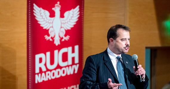 """W Sądzie Rejonowym dla Warszawy-Mokotowa ruszył proces Artura Zawiszy. Były poseł oskarżony jest o spowodowanie wypadku drogowego oraz o prowadzenie samochodu mimo cofniętych uprawnień. """"Żałuję tej sytuacji"""" - podkreślił Zawisza."""