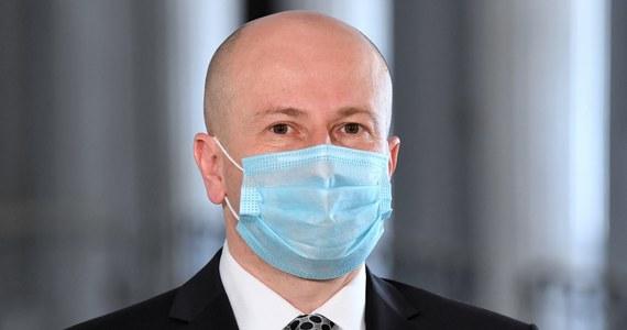 Senat odrzucił kandydaturę Bartłomieja Wróblewskiego na Rzecznika Praw Obywatelskich. Poseł Prawa i Sprawiedliwości jest kolejnym już kandydatem walczącym o to stanowisko.