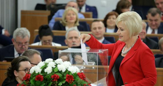 Lidia Staroń faworytką w przedbiegach kolejnej próby wyboru RPO - wydarzenia.interia.pl