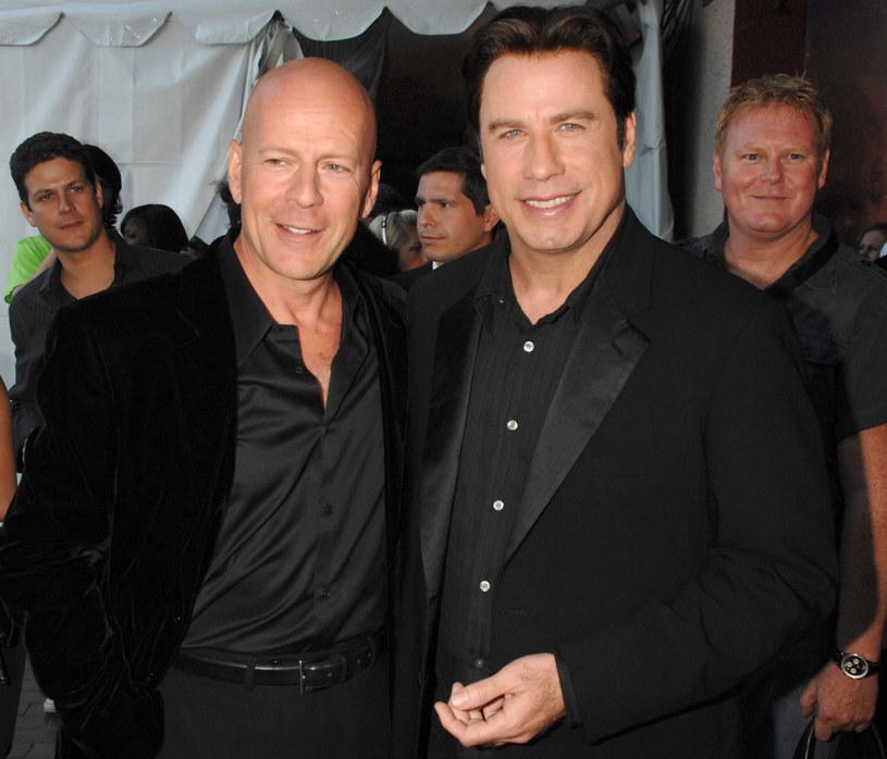 """Trudno w to uwierzyć, ale już 27 lat upłynęło od momentu, gdy John Travolta i Bruce Willis spotkali się na planie filmowym. Było to podczas kręcenia """"Pulp Fiction"""" Quentina Tarantino . Teraz obaj aktorzy ponownie zagrają razem w jednej produkcji. Będzie to wyreżyserowany przez Chucka Russella (""""Maska"""") thriller """"Paradise City""""."""