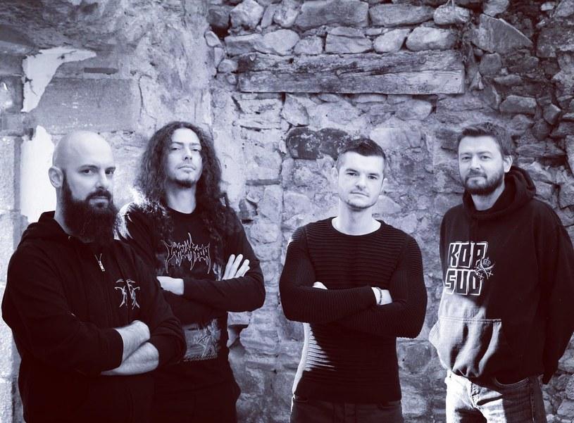 Formacja Nephren-Ka z Francji opublikuje pod koniec czerwca trzecią płytę.
