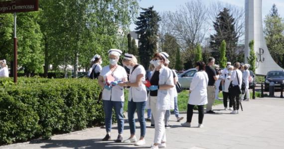 Strajki ostrzegawcze w szpitalach w całej Polsce na 7 czerwca zapowiada Ogólnopolski Związek Zawodowy Pielęgniarek i Położnych. To efekt poniedziałkowych, zerwanych rozmów pielęgniarek z ministrem zdrowia i dzisiejszego, nadzwyczajnego posiedzenia zarządu głównego ich Związku.