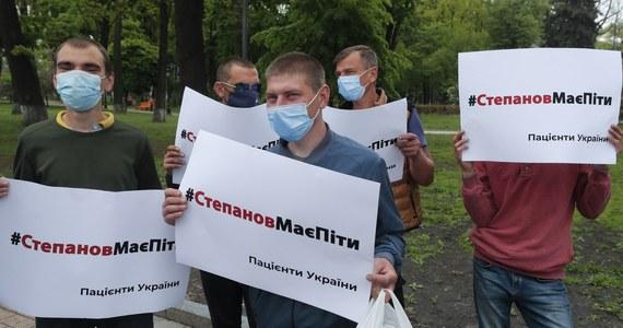 Ukraiński parlament odwołał we wtorek ministra zdrowia Maksyma Stepanowa za nieradzenie sobie ze szczepieniami podczas pandemii Covid-19 oraz za skandale korupcyjne.