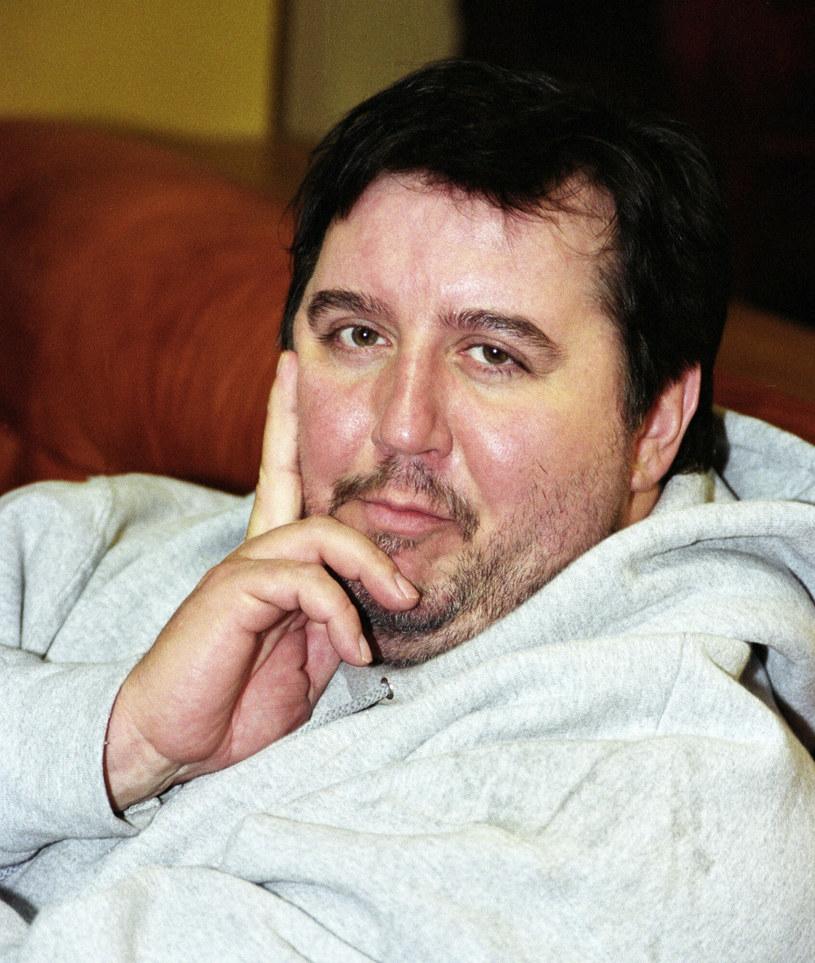 """W poniedziałek 60 lat skończyłby Dariusz Gnatowski, aktor znany m.in. z serialu """"Świat według Kiepskich"""". Artysta zmarł w październiku zeszłego roku."""